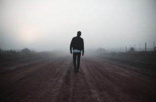 Man in de mist