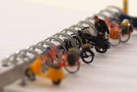 Een mini fietsen rek en het jezelf gemakkelijk maken