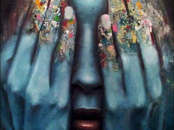 Kunstwerk van vrouw met handen over haar gezicht