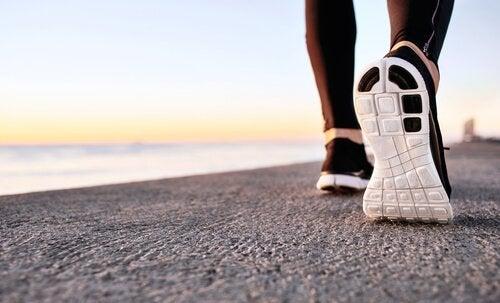 De voordelen van powerwalken voor je mentale gezondheid