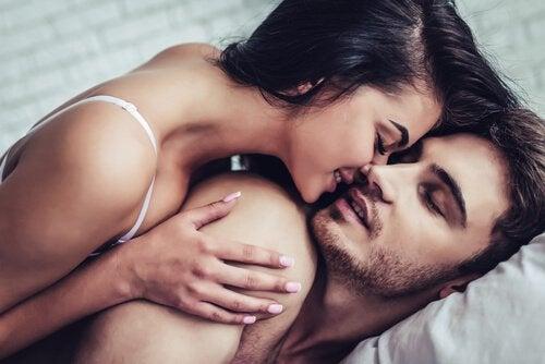 Een intiem stel, waarvan geen van beide partners last heeft van slaapseks