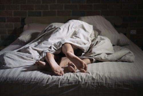 Slaapseks: mensen die seks hebben in hun slaap