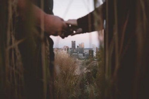Hoe kan je een relatie heropbouwen na ontrouw