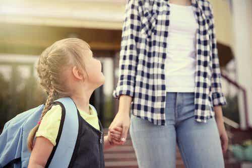 De eerste dag op school: met jouw hulp een mooie dag voor je kind