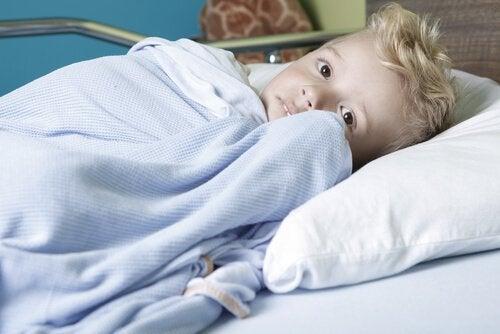 Jongetje dat gediagnosticeerd is met kanker