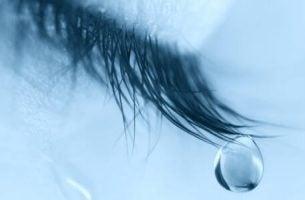 Zeven enorme voordelen van huilen