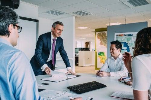 15 strategieën die tekenen zijn van uitmuntend leiderschap