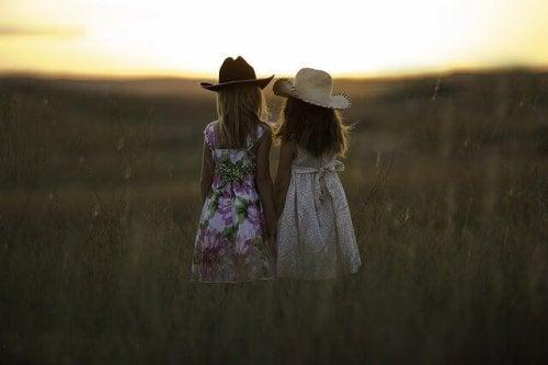 De ontwikkeling van vriendschappen in de loop van je leven