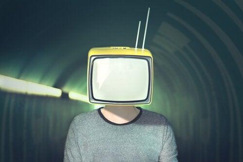 Mediamanipulatie: 10 strategieën die de media gebruiken