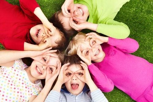 Vriendschappen bij schoolgaande kinderen