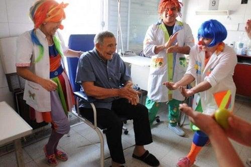7 positieve effecten van lachtherapie