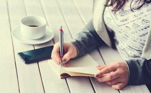 Met het vijf minuten dagboek kan je voldoening vinden