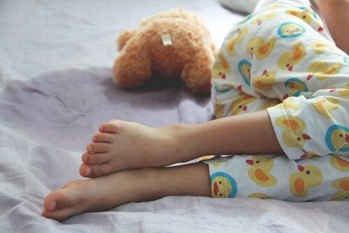 Enuresis: oorzaken, symptomen en behandelingen