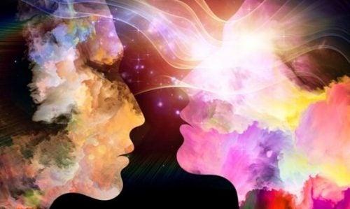 De energie die door je relaties wordt afgegeven