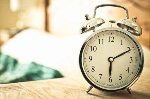 Met gemak vroeg opstaan met een wekker