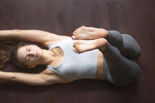 Vier yogahoudingen om beter te slapen
