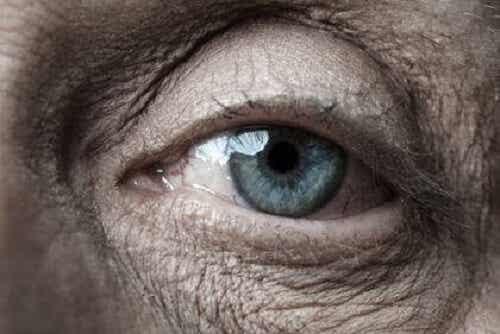 Oudere mensen: verloren geraakt in de moderne tijd