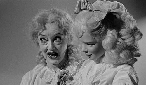 Twee zussen en twee actrices in Baby Jane