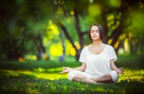Zes eenvoudige meditatie-oefeningen