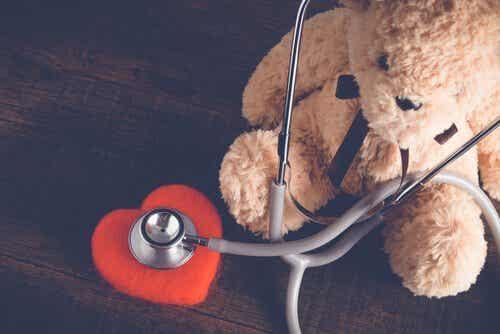 De wensen vervullen van kinderen in het ziekenhuis