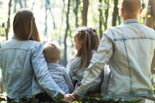 De familiesfeer: hoe beïnvloedt dit de opvoeding?