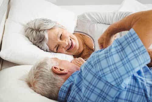5 mythen over seksualiteit bij senioren