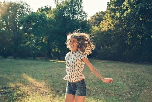 5 manieren om geluk in kleine daden te vinden