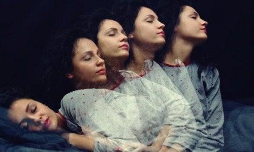 Vijf mythes over slaapwandelen ontkracht