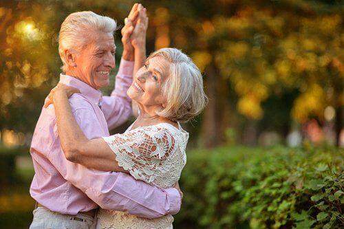 dansen op je oude dag gezellig samen