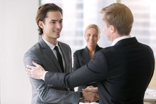 Man krijgt promotie op het werk