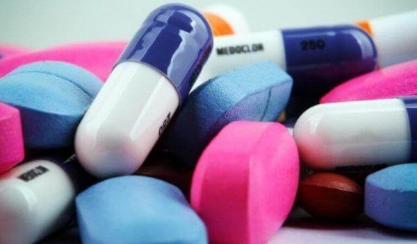 Verschillende soorten pillen als behandeling van narcolepsie