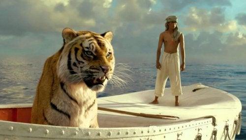 Pi in een bootje met een tijger