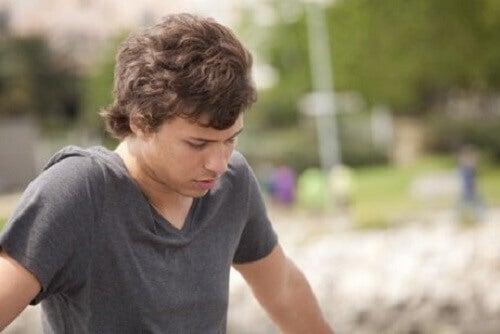 Angstgevoelens bij tieners en identiteit