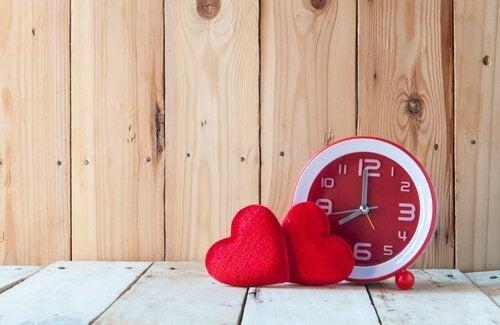 Drie tijden in je relatie: tijd voor jou, mij en ons