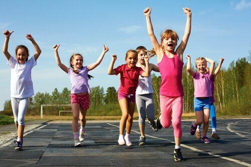 Waarom moeten kinderen aan sport doen?