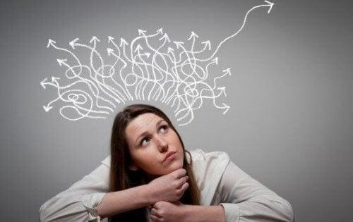 De verschillende gedachtenprocessen van een vrouw