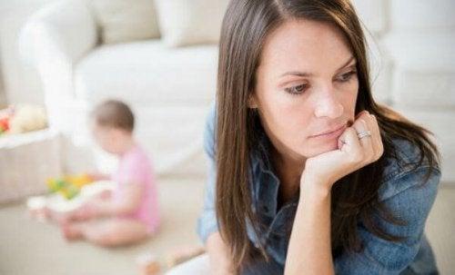 post-adoptie depressie hoofd op hand