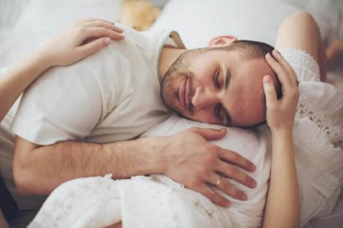 Couvade of mannenkraambed: wat is het?