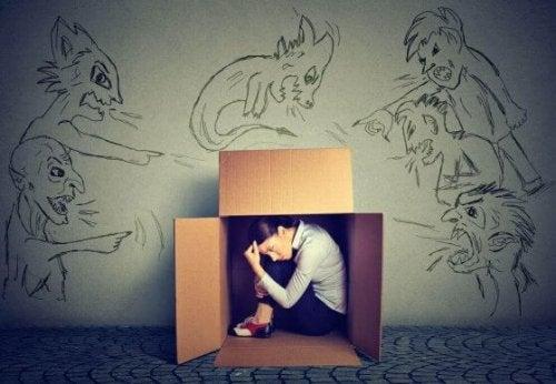 Hoe overwin je de angst om bekritiseerd te worden?