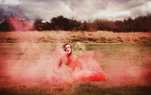 vrouw in een veld