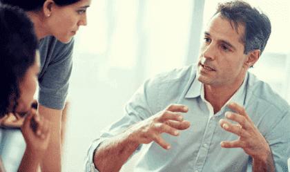 Hoe kom je tijdens een gesprek zelfverzekerd over?