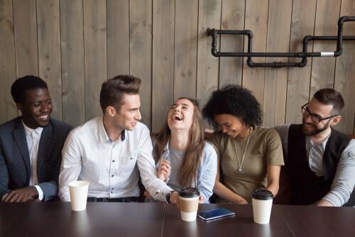 Wat zijn de positieve effecten van humor?