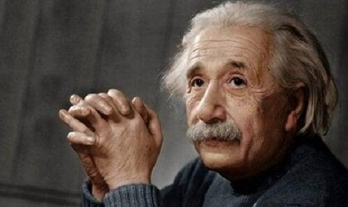 Albert Einstein: biografie van een revolutionair genie