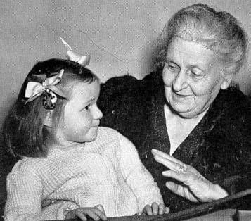 Maria Montessori met een kind