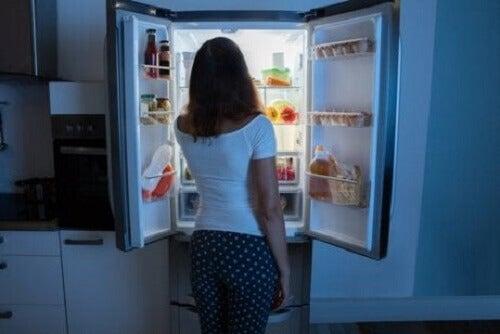 Oorzaken en behandeling van het nachtelijk eetsyndroom