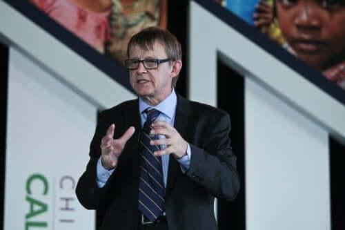 Hans Rosling houdt een toespraak