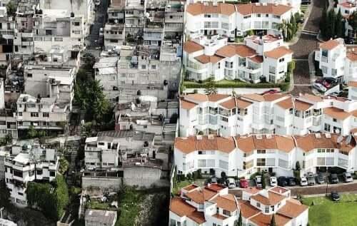 Een arme buurt en een rijke buurt