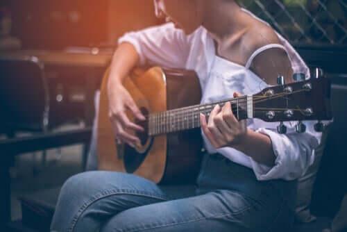 Bespeel een instrument