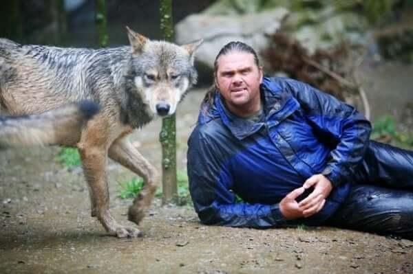 Shaun Ellis: een man onder de wolven