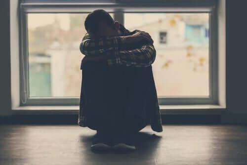 Een verdrietige man